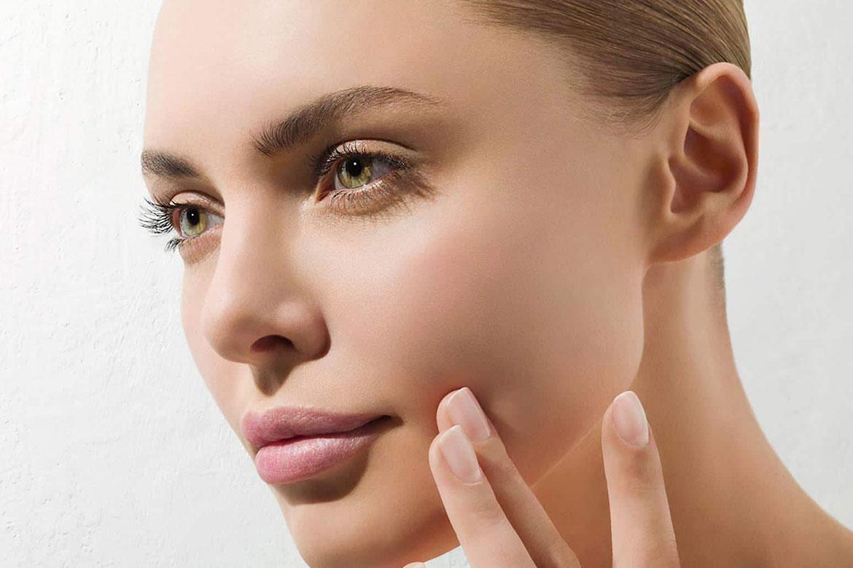 correggere il viso dopo la perdita di peso